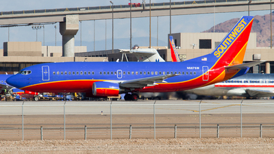 N687SW - Boeing 737-3Q8 - Southwest Airlines