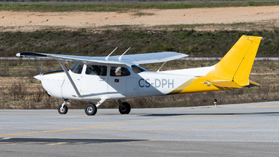 CS-DPH - Cessna 172 Skyhawk - Gestair Flying Academy
