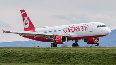 D-ABDY - Airbus A320-214 - Air Berlin