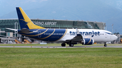 LZ-SIA - Boeing 737-3H4 - Tayaran Jet