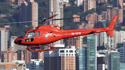HK-5210 - Eurocopter AS 350B2 Ecureuil - Escuela de Aviación Los Halcones
