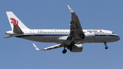 B-30FJ - Airbus A320-271N - Air China
