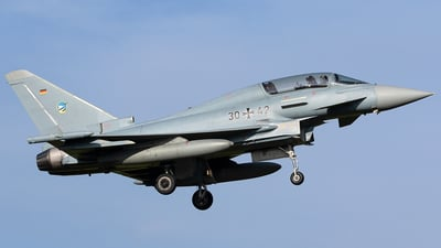 30-42 - Eurofighter Typhoon EF2000(T) - Germany - Air Force