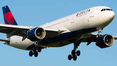 A picture of N852NW - Airbus A330223 - Delta Air Lines - © Wilko Doodhagen