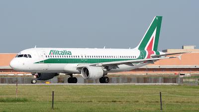 A picture of EIDTE - Airbus A320216 - Italia Trasporto Aereo - © Alex_destasi