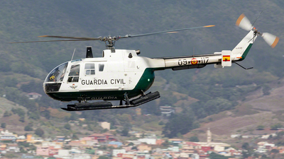 HU.15-89 - MBB Bo105CBS-4 - Spain - Guardia Civil