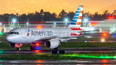 N9015D - Airbus A319-115 - American Airlines