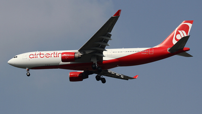 D-ALPI - Airbus A330-223 - Air Berlin