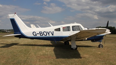 A picture of GBOYV - Piper PA28R201T - [28R7703014] - © Ian Johnson
