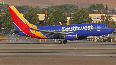 A picture of N925WN - Boeing 7377H4 - Southwest Airlines - © Nate Morin