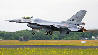 J-142 - General Dynamics F-16AM Fighting Falcon - Netherlands - Royal Air Force