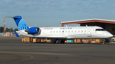 N454SW - Bombardier CRJ-200LR - United Express (SkyWest Airlines)