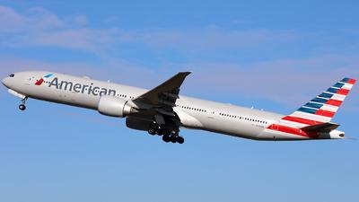 N730AN - Boeing 777-323ER - American Airlines