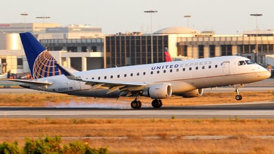 N203SY - Embraer 170-200LR - United Express (SkyWest Airlines)