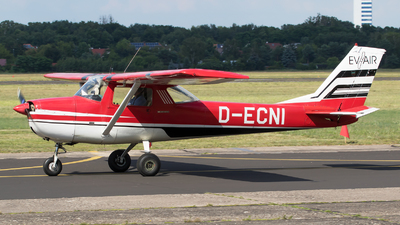 D-ECNI - Cessna 150G - Private