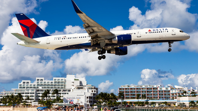 A picture of N554NW - Boeing 757251 - Delta Air Lines - © Brandon Giacomin