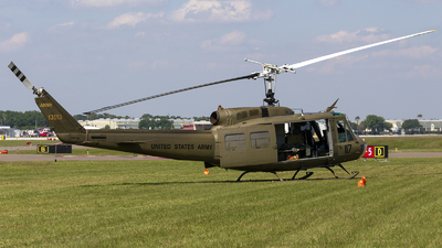 NX812SB - Bell UH-1H Iroquois - Private