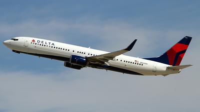 N832DN - Boeing 737-932ER - Delta Air Lines
