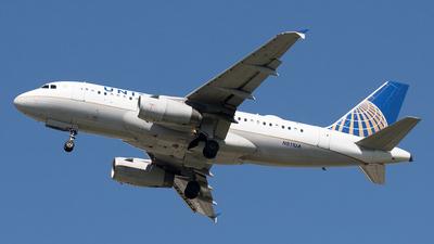 N811UA - Airbus A319-131 - United Airlines