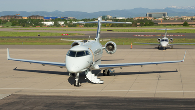 N808XT - Bombardier BD-100-1A10 Challenger 300 - Private