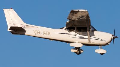 VH-ADI - Cessna 172S Skyhawk SP - Private