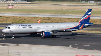 VP-BQR - Airbus A321-211 - Aeroflot