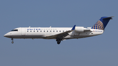 A picture of N976SW - Bombardier CRJ200ER - United Airlines - © Joshua Ruppert