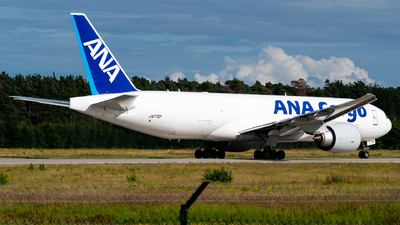 A picture of JA772F - Boeing 777F - All Nippon Airways - © Antek Dec