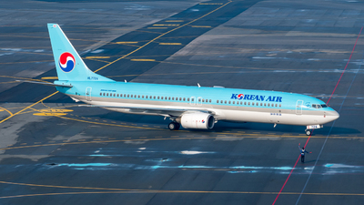 HL7724 - Boeing 737-9B5 - Korean Air