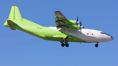 UR-KDM - Antonov An-12BK - Cavok Air