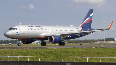 A picture of VPBTC - Airbus A320214 - Aeroflot - © Freek Blokzijl