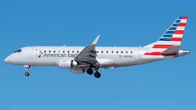 A picture of N120HQ - Embraer E175LR - American Airlines - © Evan Dougherty