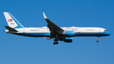 98-0002 - Boeing C-32A - United States - US Air Force (USAF)