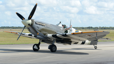 N959RT - Supermarine Spitfire Mk.IX - Private
