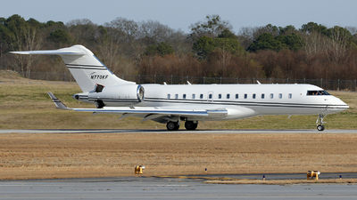 N770KF - Bombardier BD-700-1A10 Global 6000 - Private