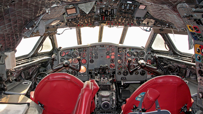 SIMULATOR - De Havilland DH-106 Comet 4B - British Overseas Airways Corporation (BOAC)