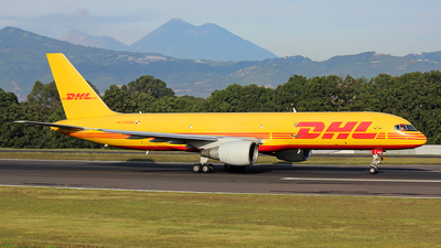 HP-2110DAE - Boeing 757-26D(PCF) - DHL Aero Expresso