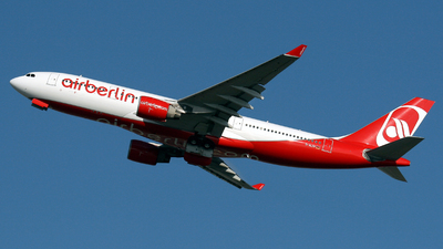 D-ALPF - Airbus A330-223 - Air Berlin (LTU)