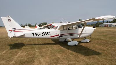 ZK-JHC - Cessna 172N Skyhawk II - Private