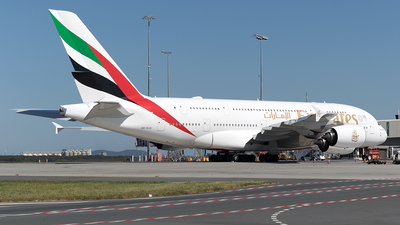 A picture of A6EUS - Airbus A380842 - Emirates - © Tony Coles