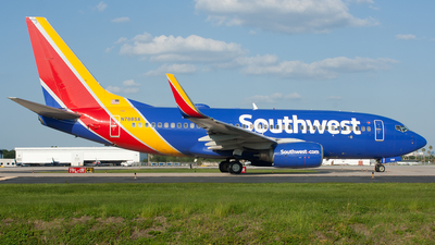 N788SA - Boeing 737-7H4 - Southwest Airlines