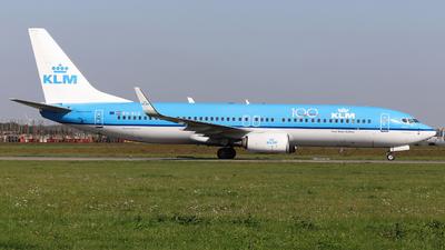 A picture of PHBCE - Boeing 7378K2 - KLM - © Domi Einert