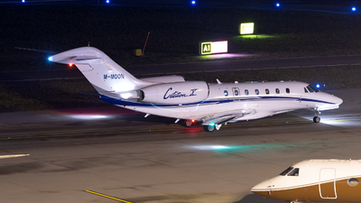 M-MOON - Cessna 750 Citation X - Private