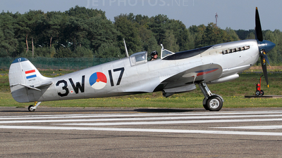 PH-OUQ - Supermarine Spitfire Mk.IX - Netherlands - Air Force Historical Flight