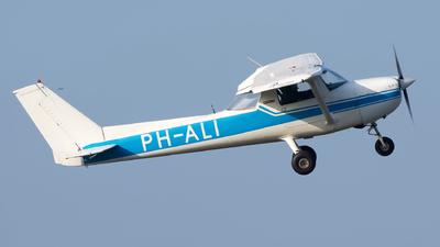 A picture of PHALI - Cessna F150M - [01161] - © Dutch