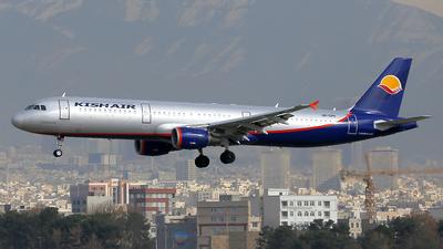UR-CPH - Airbus A321-211 - Kish Air