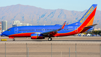 N282WN - Boeing 737-7H4 - Southwest Airlines