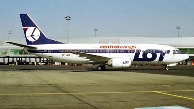 SP-LMC - Boeing 737-36N - Centralwings