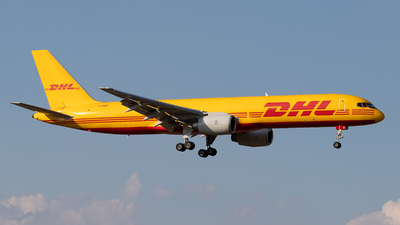 A picture of GBMRI - Boeing 757236(SF) - DHL - © Rozgonyi Cecília