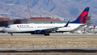 A picture of N3772H - Boeing 737832 - Delta Air Lines - © Michael Rodeback